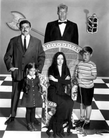 303px-Addams_Family_main_cast_1964